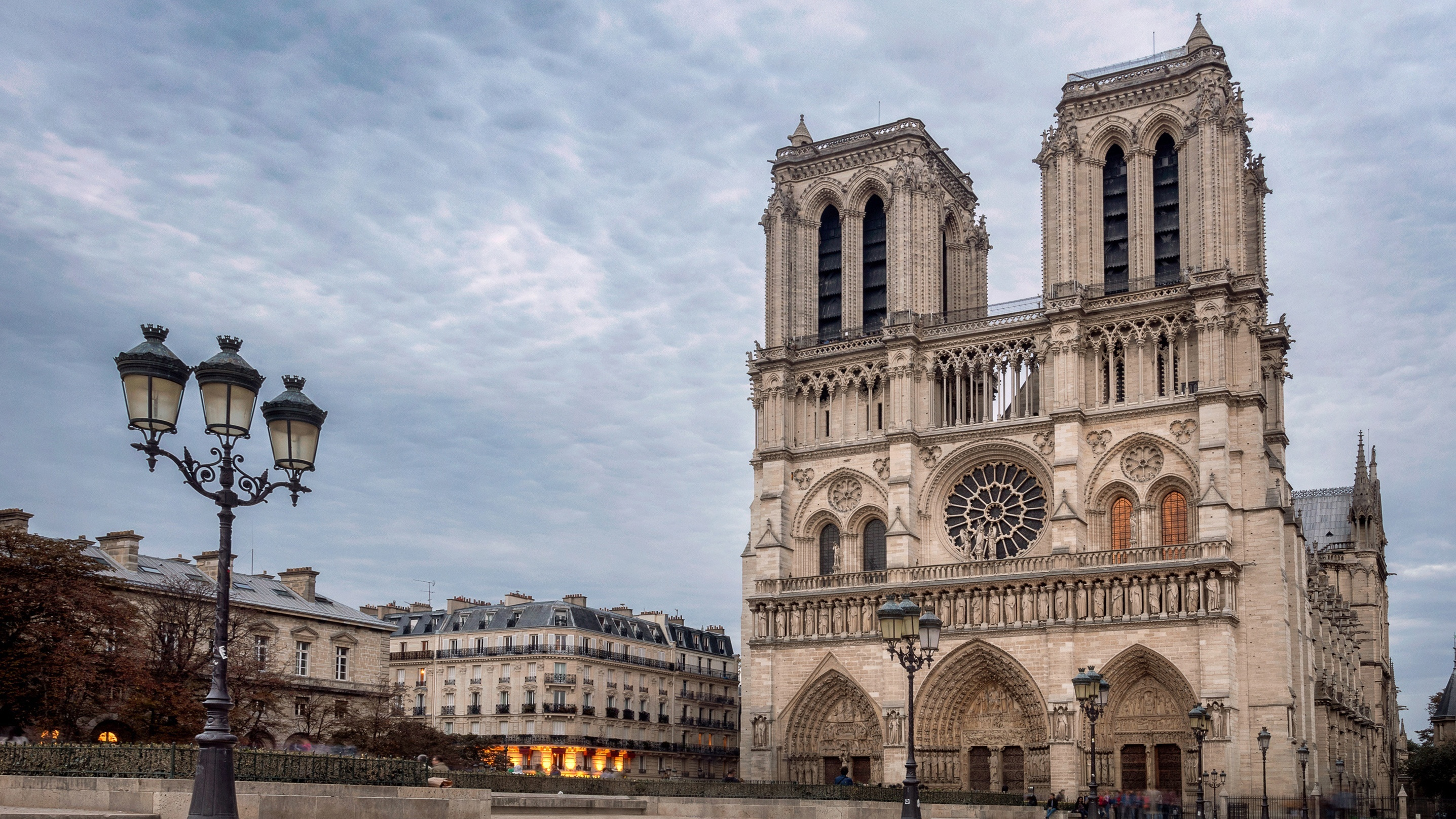 Rebuilding Notre Dame: A Guide for Architectural Technicians